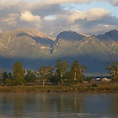 Баргузинский хребет – одна из основных горных цепей, окружающих озеро